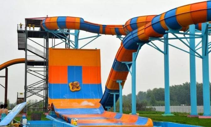 水上乐园设备-大回环滑梯