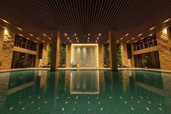室内水疗池.jpg